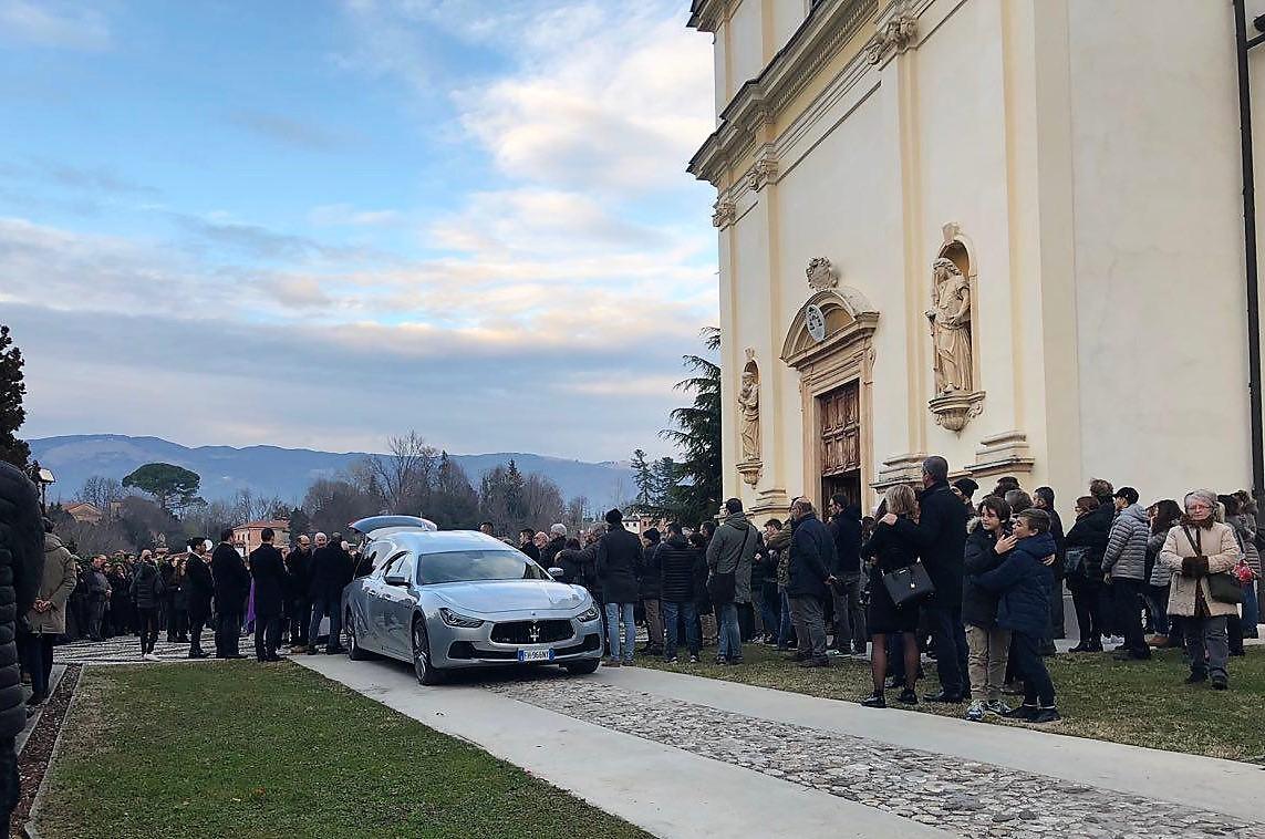 funerale monica scalzolaro_3