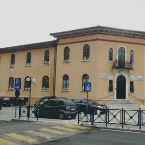 Cogollo piazza-scuola