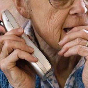 anziani telefono truffa