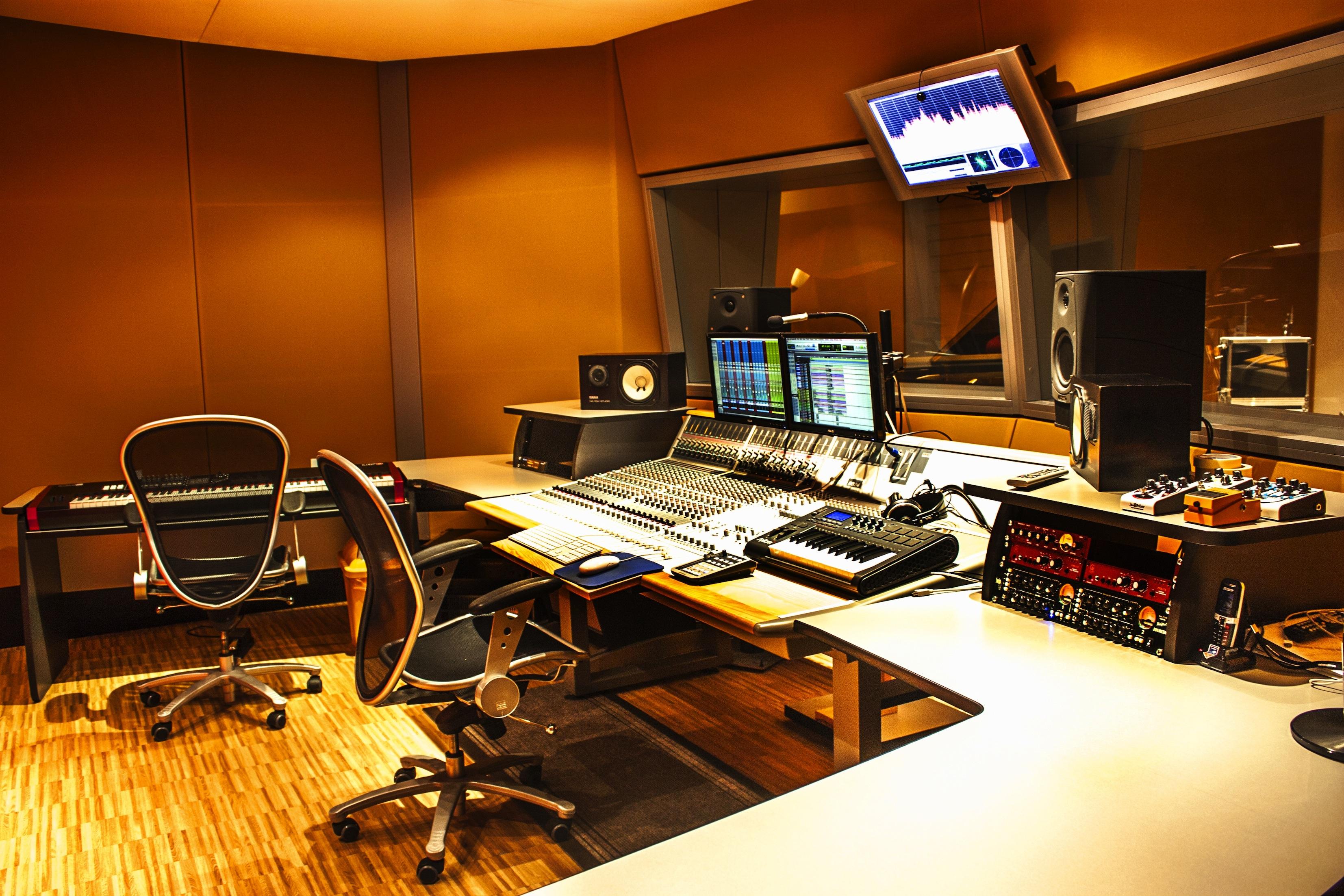 Santorso la sala musicale diventa studio di registrazione altovicentinonline - Studio di registrazione in casa ...