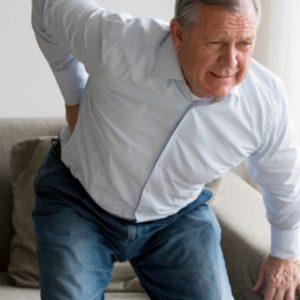 Mal di schiena come riconoscerlo cause e cure - Mal di schiena a letto cause ...